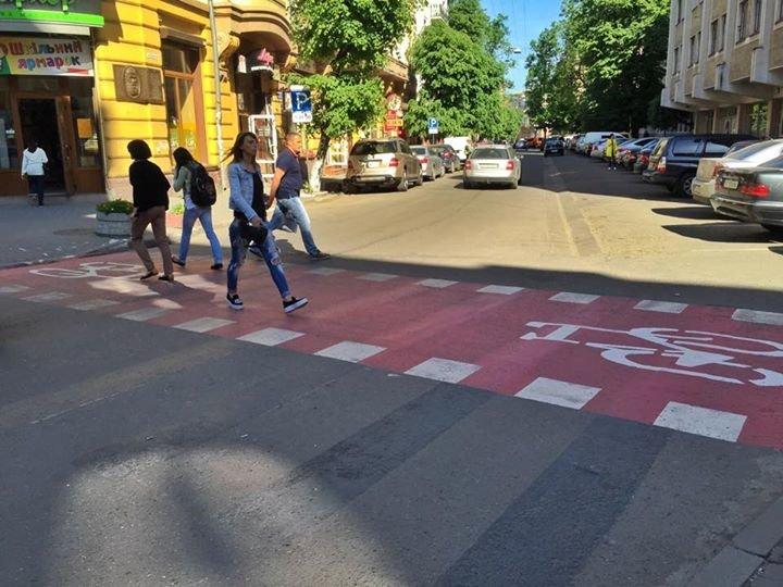 Велопереїзд на вулиці Грушевського згуртовує іванофранківців в інтернет-мережі, фото-1