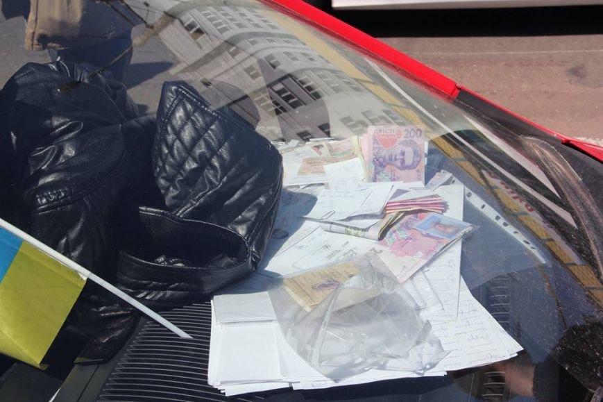 Директор черниговской автошколы пойман на продаже водительских прав, фото-1
