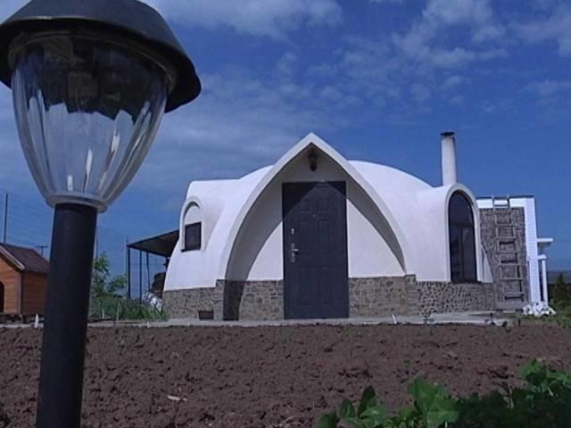 Криворожанин изобрел дом, который экономит коммунальные расходы (ФОТО) (фото) - фото 1