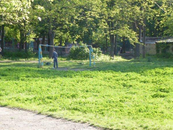В Краматорске негде играть в футбол, фото-1