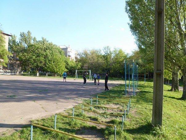 В Краматорске негде играть в футбол (фото) - фото 2