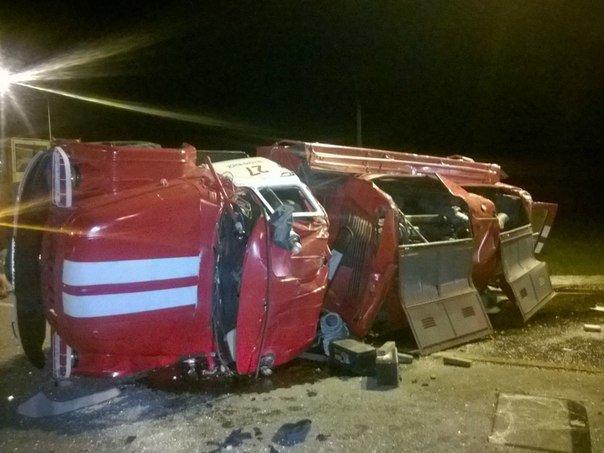 Только что на гиагинском перекрёстке произошла авария (фото) - фото 1