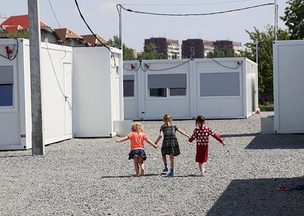 В Днепропетровском модульном городке почти нет мест. Переселенцев будут селить в Кривом Роге и Никополе (фото) - фото 1
