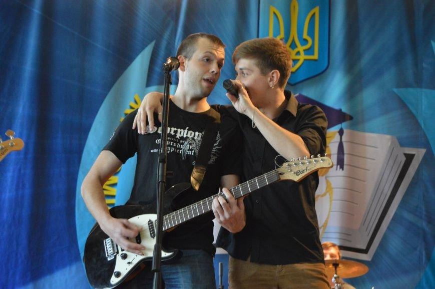 Житомирські студенти провели заключний благодійний концерт на підтримку Олі Дацькової, фото-1
