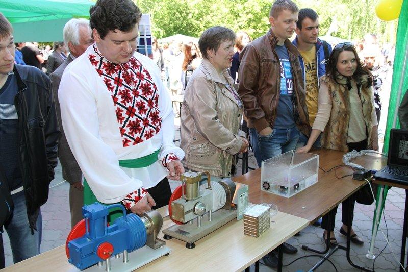 СумДУ подарував сумчанам свято до Дня науки (ФОТО) (фото) - фото 1