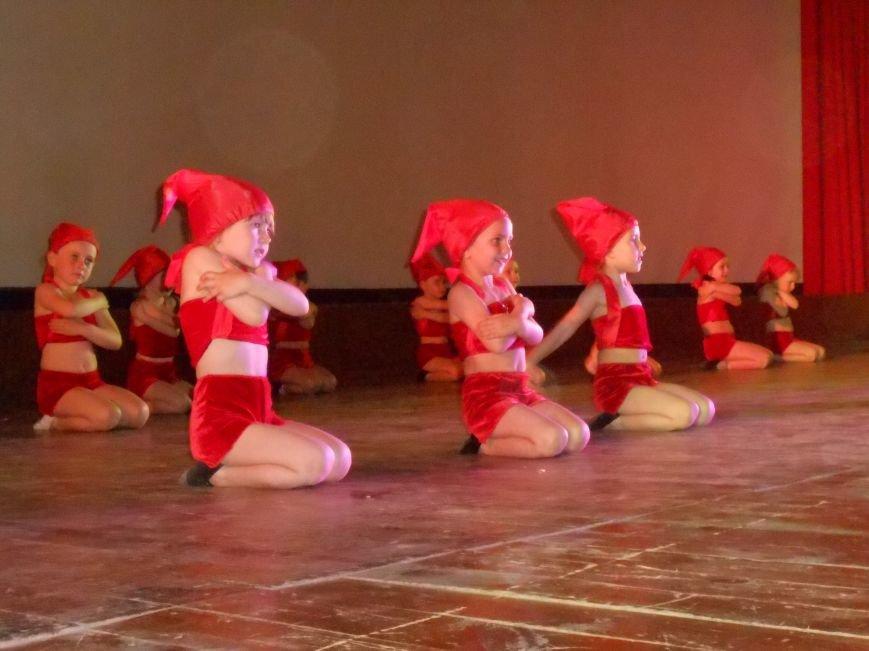 В Днепродзержинске состоялся отчетный концерт «Gold Stars» (фото) - фото 14