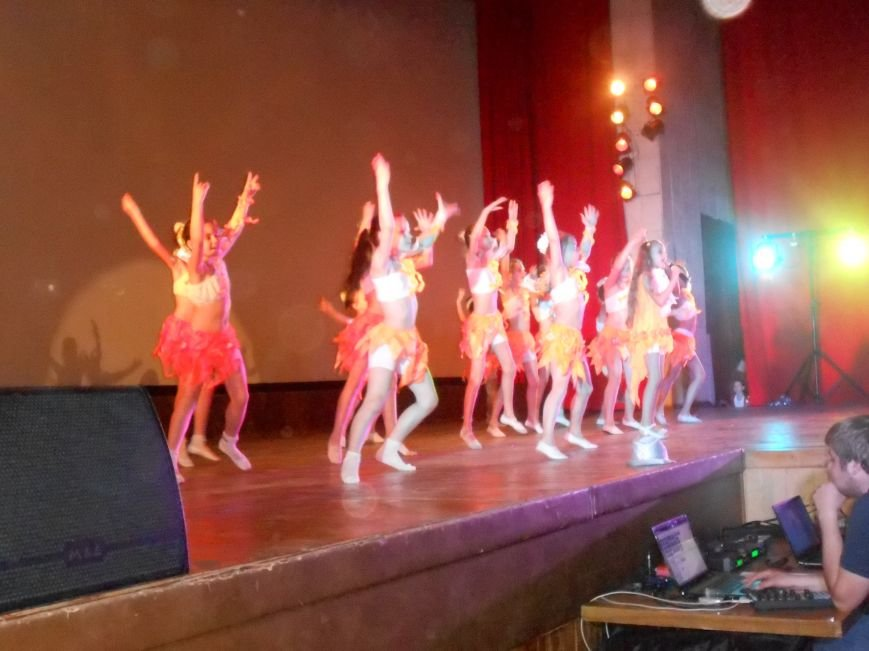 В Днепродзержинске состоялся отчетный концерт «Gold Stars» (фото) - фото 8