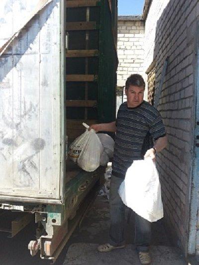 В Авдеевку доставили гуманитарную помощь от Рината Ахметова (ФОТО), фото-2