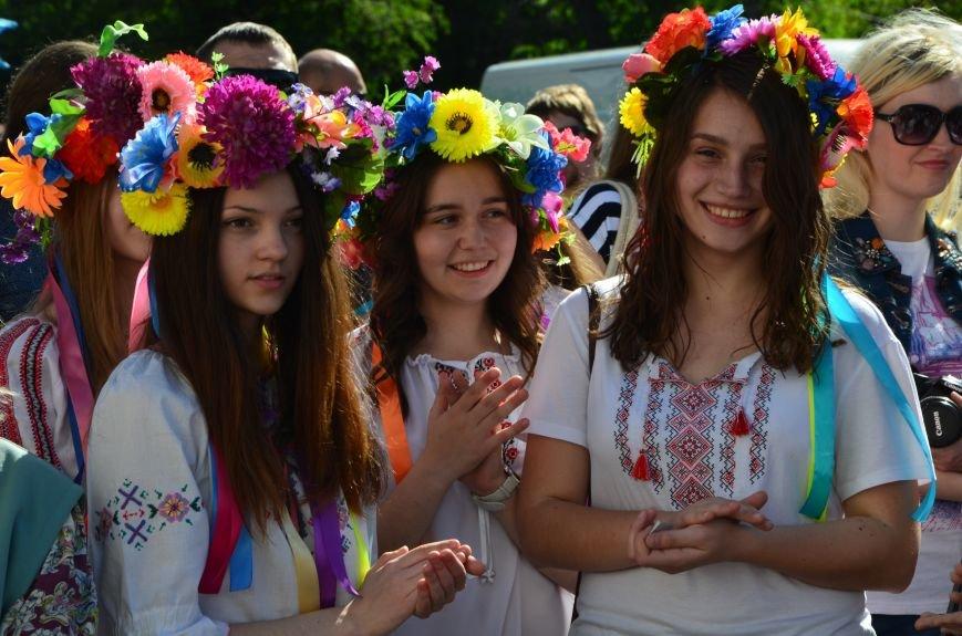 В Мариуполе отмечают День вышиванок (ФОТОРЕПОРТАЖ+ВИДЕО), фото-15