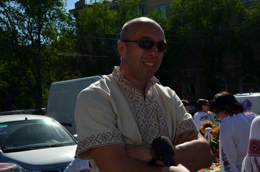 В Мариуполе отмечают День вышиванок (ФОТОРЕПОРТАЖ+ВИДЕО), фото-11