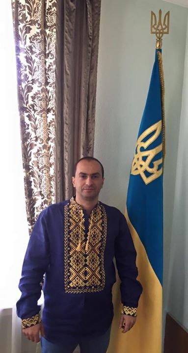 Днепропетровские политики надели вышиванки (ФОТО), фото-2