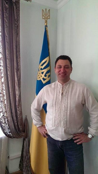 Днепропетровские политики надели вышиванки (ФОТО), фото-3