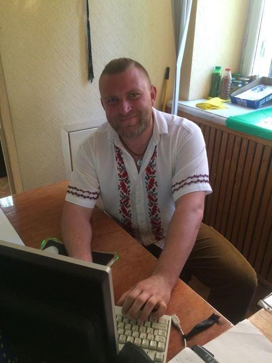 Днепропетровские политики надели вышиванки (ФОТО), фото-5