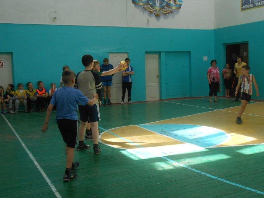 В Днепродзержинске гандболисты боролись за кубок Левого берега (фото) - фото 9