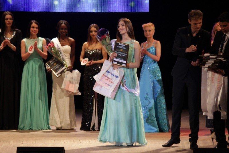 В Луганске выбрали «Мисс-ЛНР» (ФОТО) (фото) - фото 9