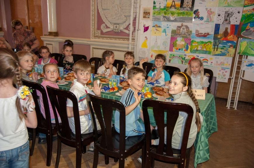 Юные фрунзенские мечтатели получили награды за свой талант (ФОТО) (фото) - фото 1