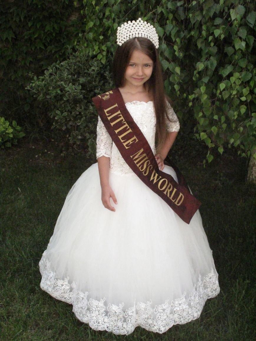 Юная ялтинка стала Mini Miss World на международном конкурсе красоты (фото) - фото 1