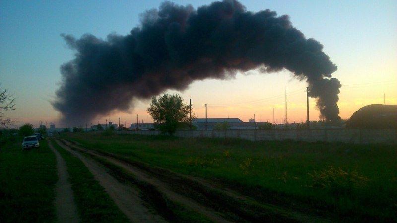 Загорелся еще один склад. Фотообзор (фото) - фото 1