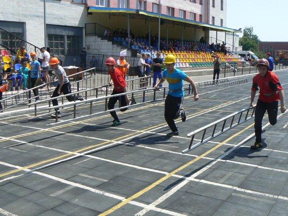 Нещодавно відбулися змагання з пожежно-прикладного спорту (ФОТО) (фото) - фото 6