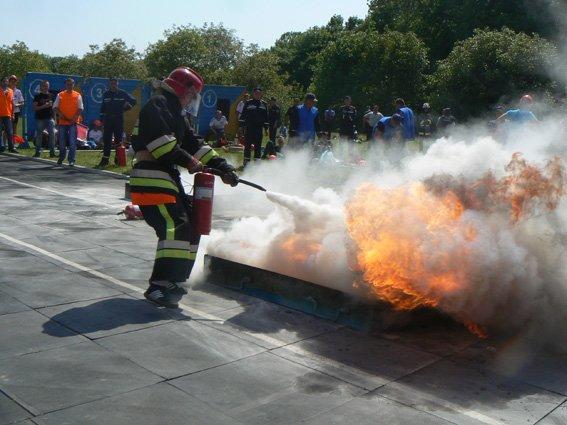 Нещодавно відбулися змагання з пожежно-прикладного спорту (ФОТО) (фото) - фото 8