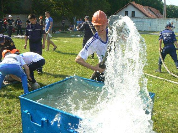 Нещодавно відбулися змагання з пожежно-прикладного спорту (ФОТО) (фото) - фото 9