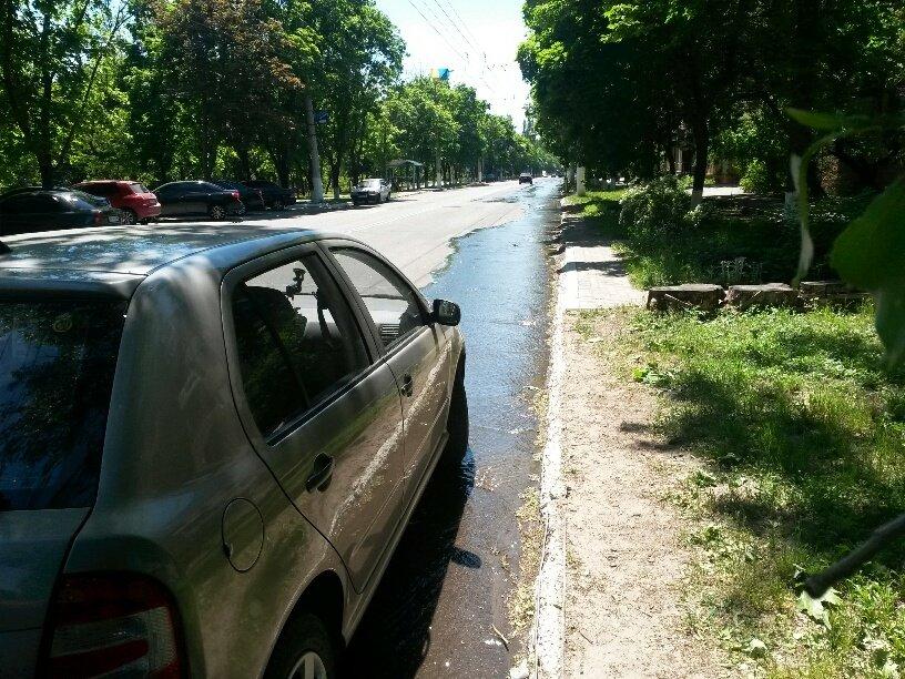 В Мариуполе питьевая вода затопила пр. Нахимова (ФОТО), фото-4