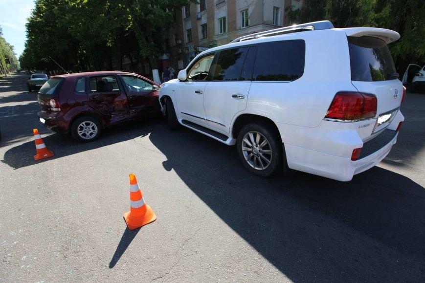 ДТП в центре Днепродзержинска (фото) - фото 3