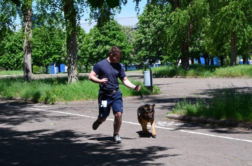 В Мариуполе владельцы собак устроили забег в Приморском парке (ФОТОРЕПОРТАЖ), фото-7