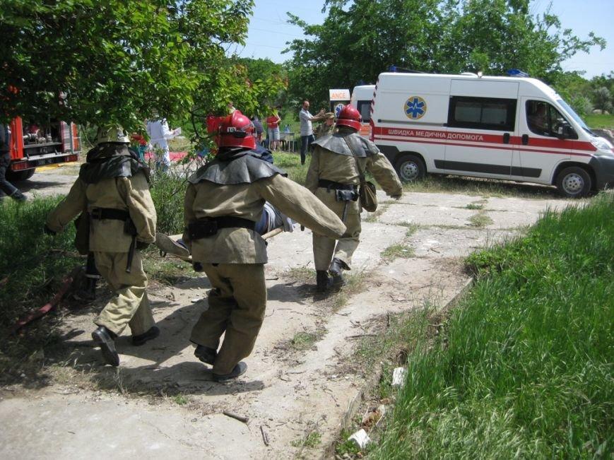 В Скадовске спасатели отрабатывали учебную тревогу (фото) (фото) - фото 5
