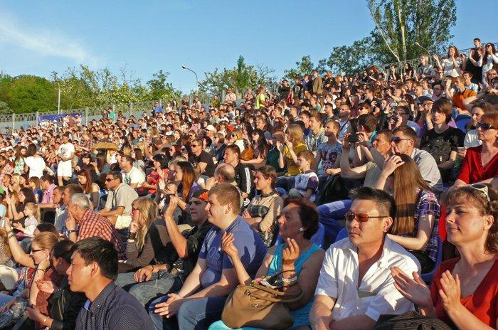 Николаевцы объединились в молитве на рок-концерте (ФОТО) (фото) - фото 5