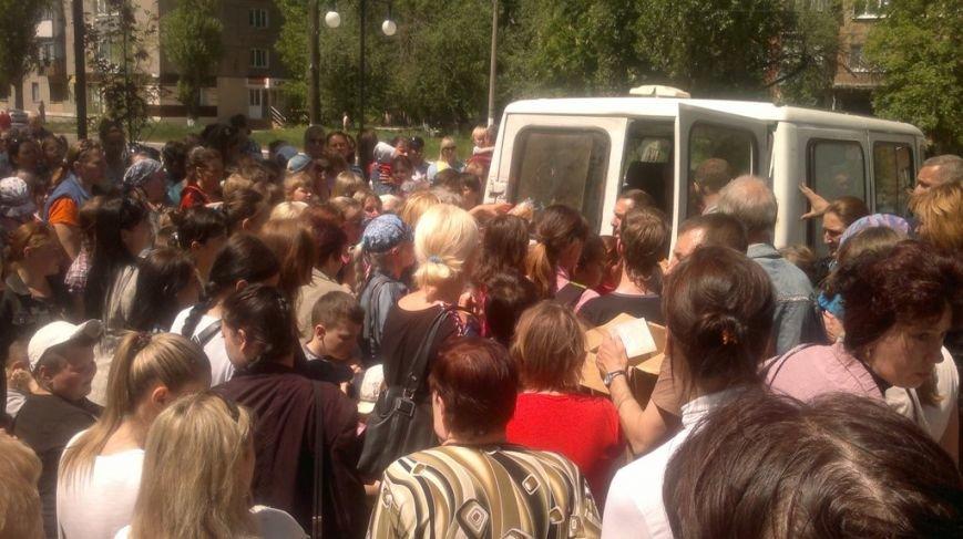 Волонтеры из Запорожья привезли гуманитарную помощь авдеевцам (ФОТО), фото-1
