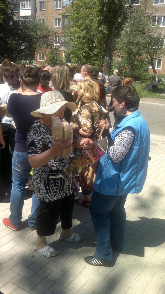 Волонтеры из Запорожья привезли гуманитарную помощь авдеевцам (ФОТО), фото-2