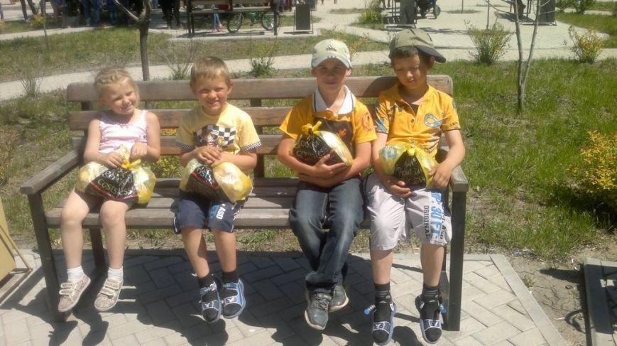 Волонтеры из Запорожья привезли гуманитарную помощь авдеевцам (ФОТО), фото-4