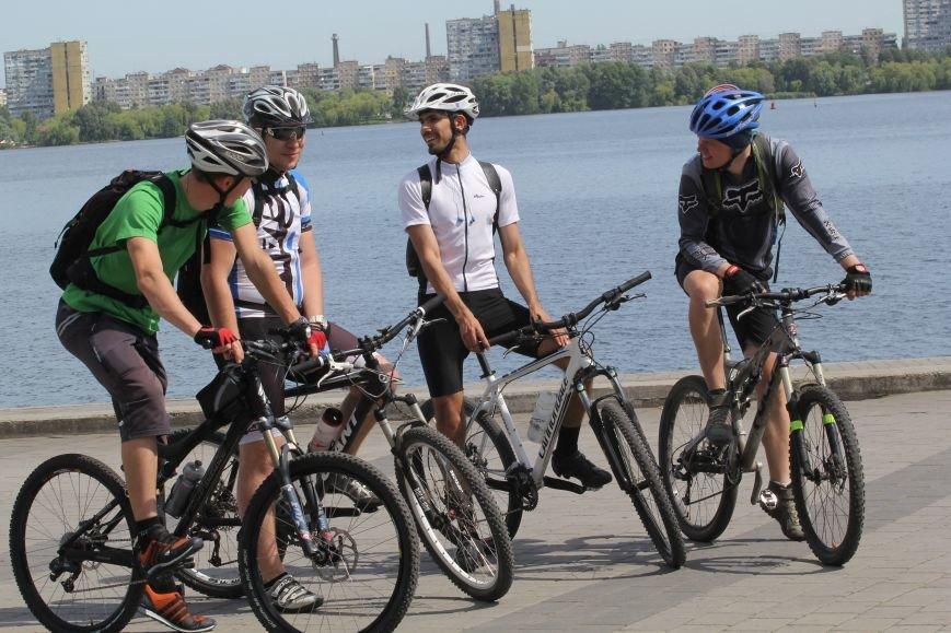 Велодень в Днепропетровске. МНОГО КРАСИВЫХ ФОТО, фото-1