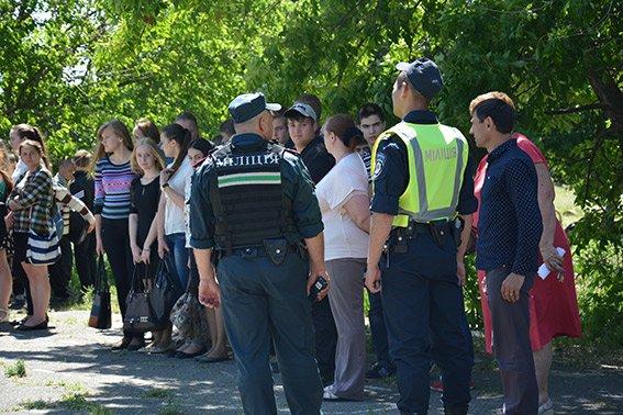 В Николаеве эвакуировали школьников из-за «угрозы» взрыва (фото) - фото 1