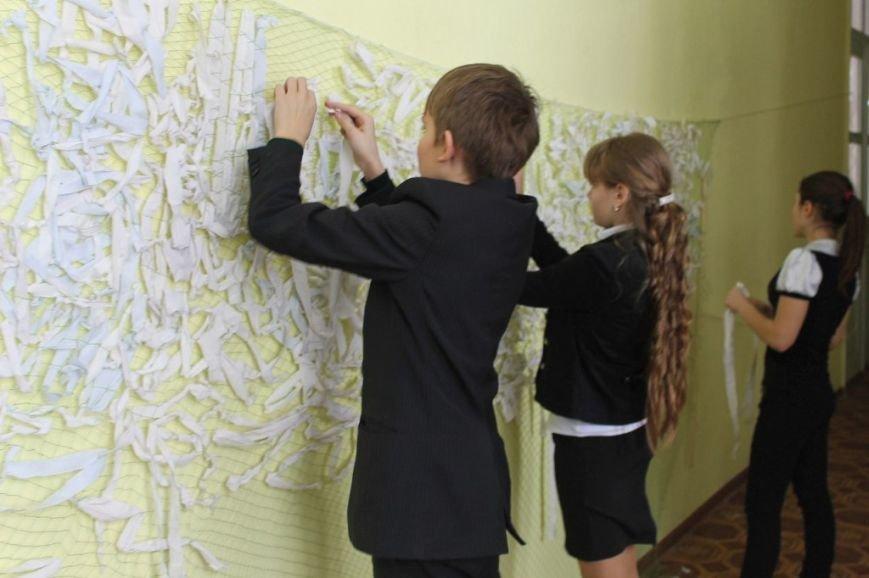На Полтавщині школярі разом з вчителями пишуть сотні листів солдатам в зону АТО (фото) - фото 1