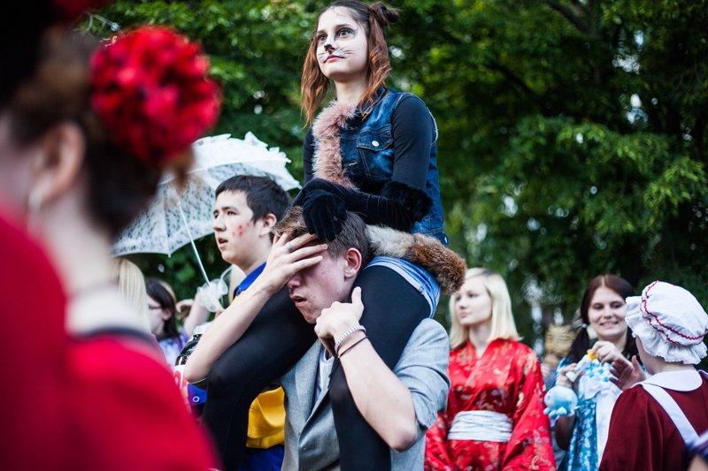 Фестиваль уличных искусств «Белая маска» на один день превратил Белгород в карнавал (фото) - фото 1