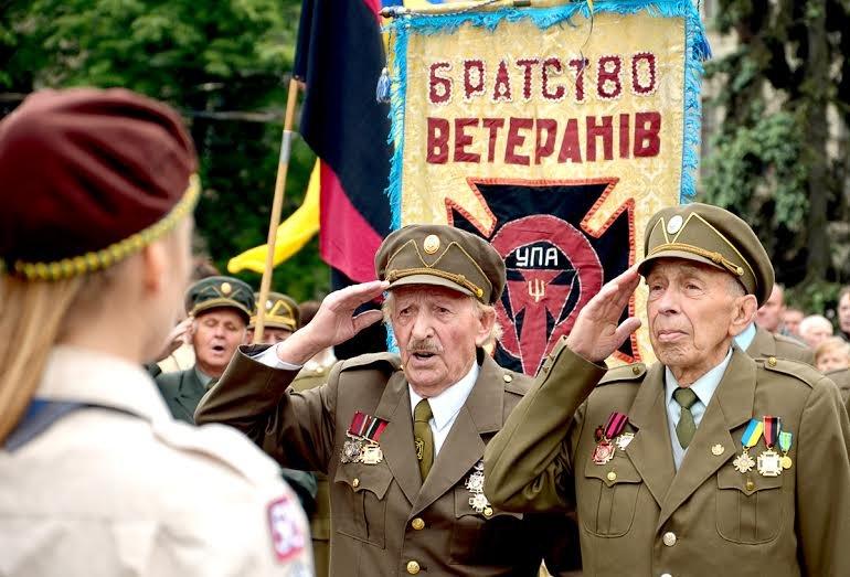 У Львові вшанували пам'ять полеглих Героїв України (ФОТО) (фото) - фото 1