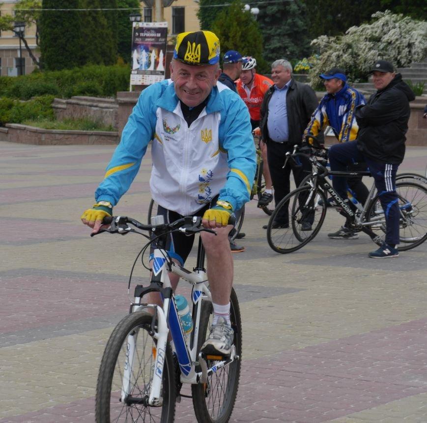 У Тернополі півсотні спортсменів влаштували велопробіг (ФОТО) (фото) - фото 1