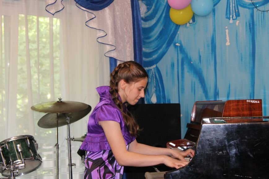 Выпускники Белицкой музыкальной школы получили дипломы (Фото), фото-10