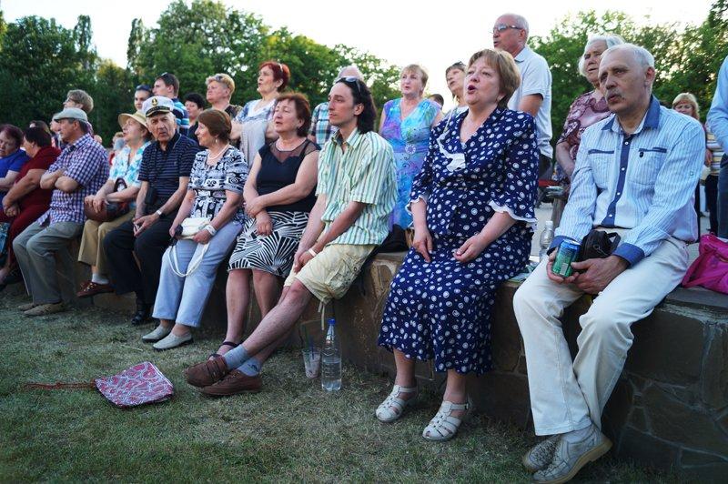 В Белгороде спел хор из 700 исполнителей (фото) - фото 1