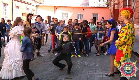 Дети из Авдеевки побывали в днепропетровском национальном парке (ФОТО) (фото) - фото 1