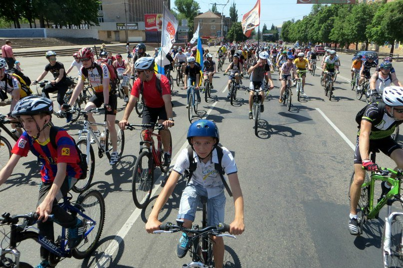 Сотни криворожан приняли участие в Велодне-2015 (ФОТО) (фото) - фото 1