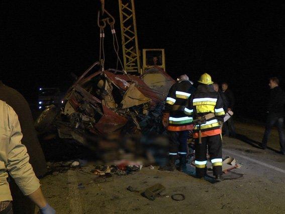 На Ярмолинеччині сталася ДТП: троє загинуло, троє травмовані(ФОТО) (фото) - фото 5