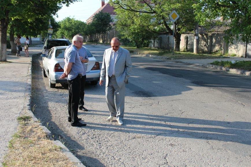 Власти Симферополя поищут нового подрядчика для ремонта ул. Залесской (фото) - фото 2