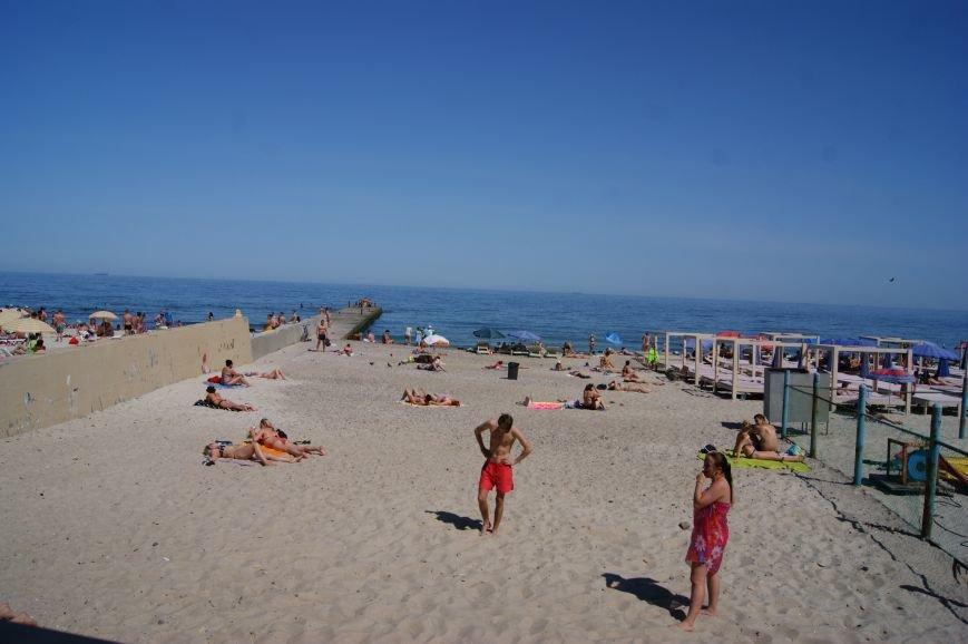 Пляжный контроль в Одессе: 16 ст. Большого Фонтана (фото) - фото 9
