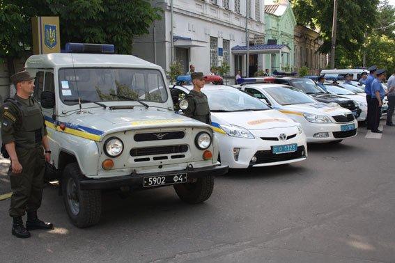 В Кременчуге правоохранители патрулируют улицы за счёт личного времени (ФОТО) (фото) - фото 1
