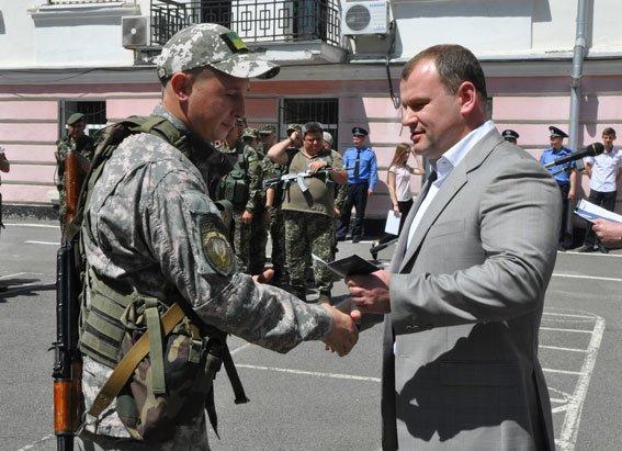 15 бойцов роты специального назначения «Кременчуг» получили удостоверения участников боевых действий (ФОТО) (фото) - фото 1