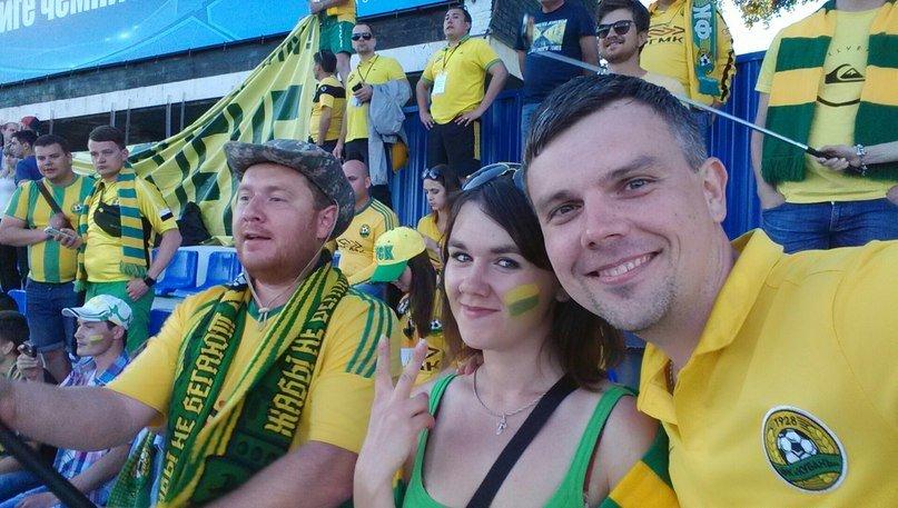 Белореченские болельщики  поддержали футбольный клуб «Кубань» в Астрахани (фото) - фото 1
