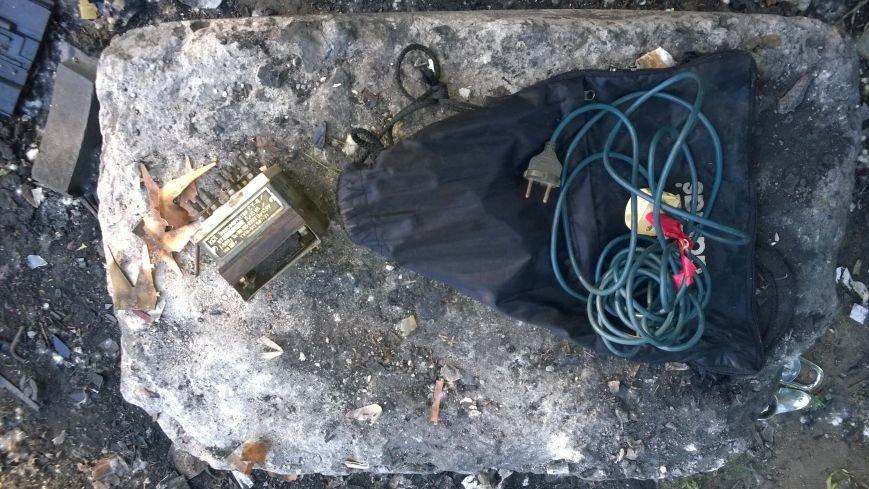 Комсомольский школьник украл на металлолом железнодорожный светофор (ФОТО), фото-2